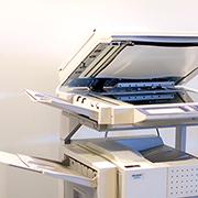 書籍や社内報などの大量の紙原稿をスキャニング(画像化)します